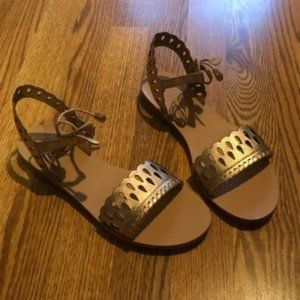 NWT Jack Rogers Ruby Sandals - Rose Gold (8.5)